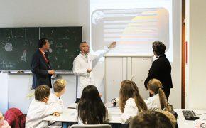 En visite au lycée français Vauban à l'occasion de la Semaine des lycées français du monde